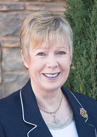 a headshot of Cheryl Wilson